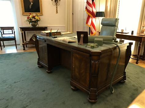 Oval Office Desk by Country Line Barbecue Towing Silver