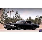 Презентация 1972 Classic Buick Riviera  Presentation