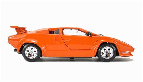 Lamborghini Countach Orange Hattons Co Uk Burago 18 22087or Lamborghini Countach
