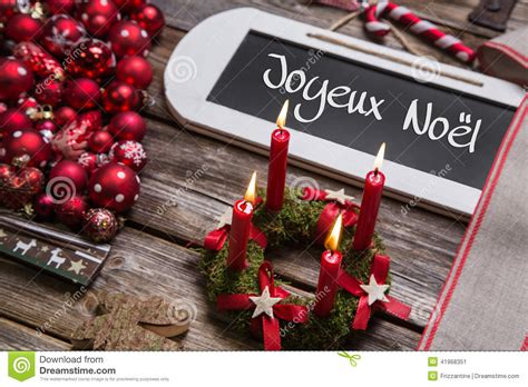 candele francesi cartolina di natale francese con quattro candele brucianti