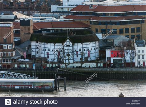 thames river shakespeare shakespeare s globe theatre on the banks of the river
