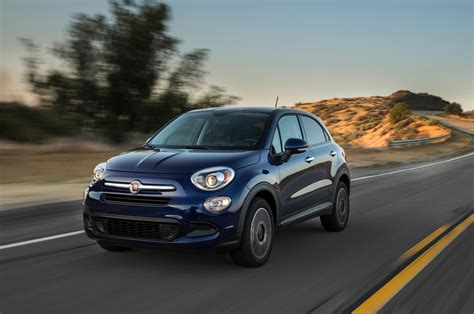 fiat 500x 2016 2016 fiat 500x easy front three quarter in motion photo 13