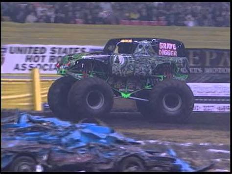 truck jam chicago jam grave digger truck 30th anniversary