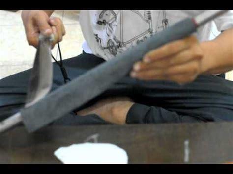 youtube membuat golok asah golok pisau clurit parang dengan amplas di lilit