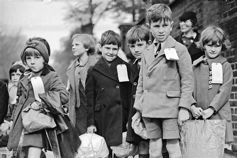 children and world war 1445105799 an evacuee tells her story youtube