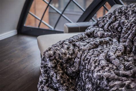 real fur rugs luxury chinchilla real fur throw king size rug bedspread genuine blanket 100