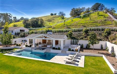 the weeknds house the weeknd s 20m house in hidden hills celebrity real estate footwear news