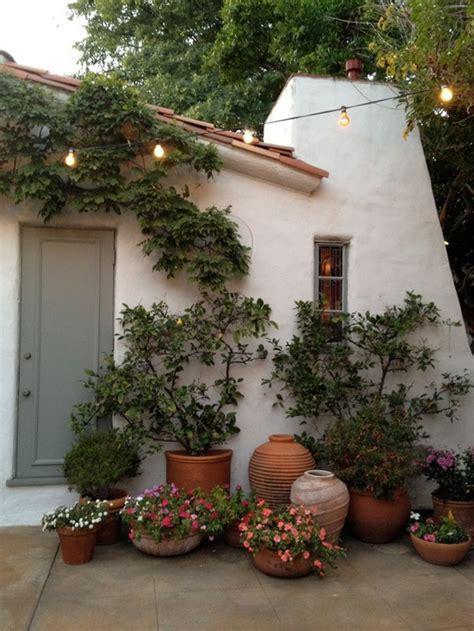 beautiful small garden garden pinterest διακόσμηση κήπος μπαλκόνι χτιστά καθιστικά the decopages