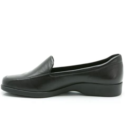 clarks womens wide casual shoes clarks