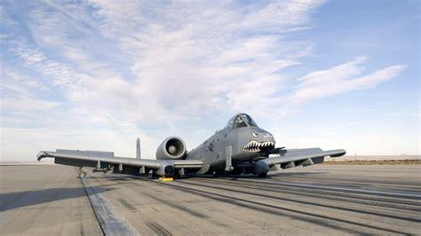 airplane tattoo fail 20 photos insolites d avions militaires qui vont marcher
