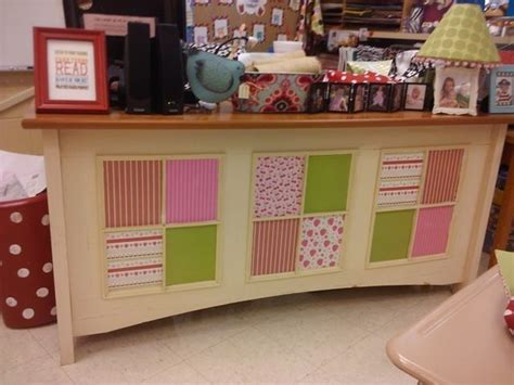 cute teacher desk decorations cute teacher desk organization in the classroom pinterest