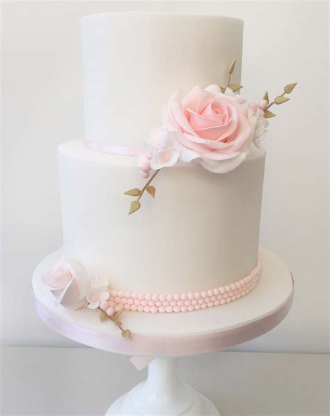 Cake Decorating Classes   Cake Covering, Sugar Flowers