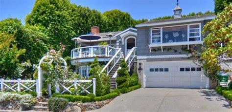 laguna beach cottages for sale or rent