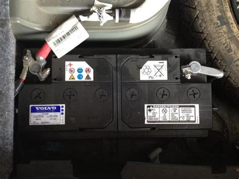 2004 volvo s60 battery location volvo s80 car battery location volvo get free image