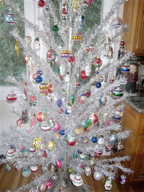 vintage silver christmas tree holidays pinterest