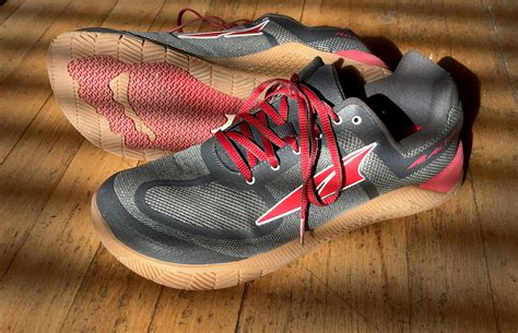 foot shaped running shoes tough shoe for tough workouts altra hiit xt review