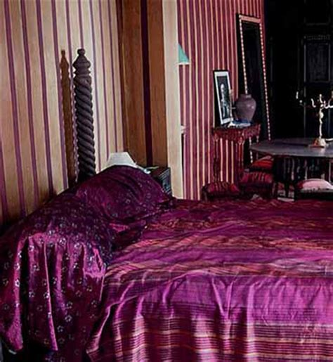 light and dark purple bedroom exotic moroccan bedroom decorating light and deep purple