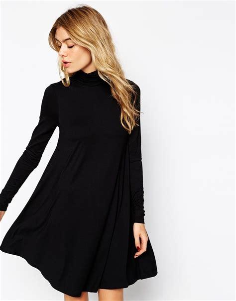 swing kleid schwarz lang die besten 25 schwarzes kleid mit langen 228 rmeln ideen auf