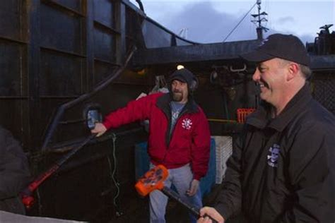 deadliest catch reveals preview and premiere date for 17 best images about deadliest catch on pinterest