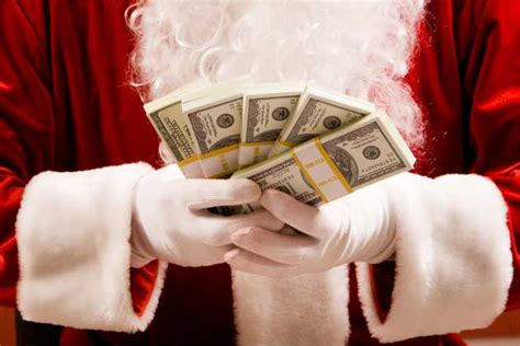 Christmas Money Giveaway - win a 5 000 prize package in the santa sleigh giveaway