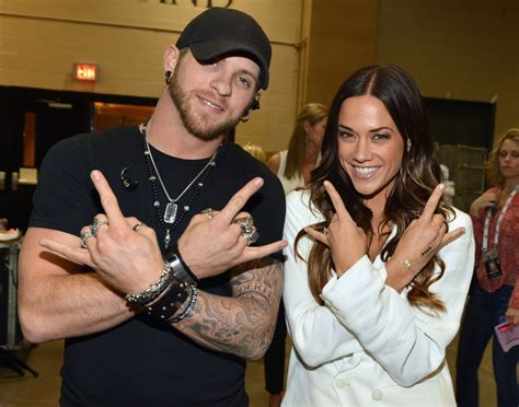 jana ring from micheal ebuzz new us top news photos country singers jana kramer and brantley gilbert call off