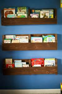 Pallet Bookshelves Diy Bookshelf Ideas With Pallet Wood Pallet Furniture Plans