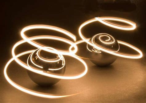 how to light paint dazzling light painting photography and tutorial