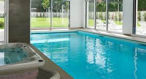 piscine int 201 rieure piscines carr 233 bleu