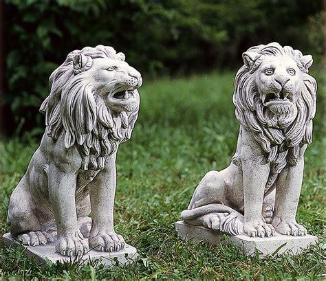 lioni da giardino moderni coppia di leoni in cemento e marmo cm 68 leonecem68