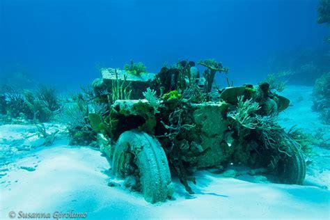 jeep snorkel underwater jeep reef by susanna girolamo via flickr ww2 wrecks and