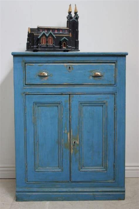 antique cupboard in blue paint 52340 sellingantiques co uk