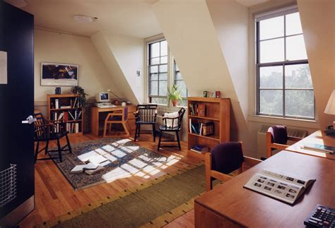 Umass Mba Class Schedule by Freshman Dormitory Renovations