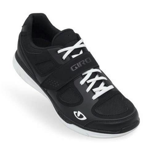 shoes for spin bikes our top 3 spin shoes 2015 reviews ratings rovo