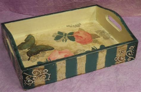 Decoupage Tray Ideas - 134 best images about bandejas decoradas on