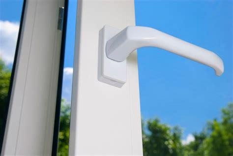 Haustür Aus Kunststoff Oder Aluminium by Alu Holz Oder Kunststofffenster Was Ist Das Richtige
