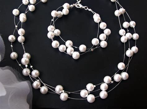 Set Pearls Necklace bridesmaid jewelry set floating pearl necklace by crisana01