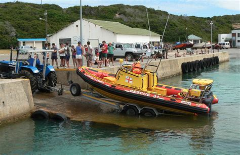 fishing boat vacancies fishing boat sinks all crew rescued nsri