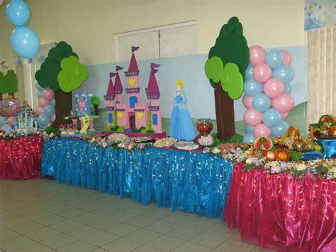 cinderella themed decorations cinderella birthday ideas photo 12 of 24