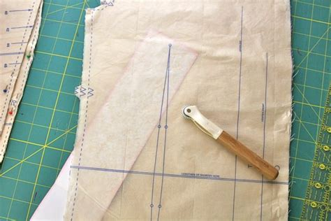 pattern making paper for sewing using tracing paper on a sewing pattern whipstitch