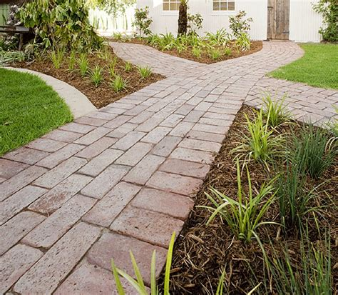 Do It Yourself Paver Patio Do It Yourself Patio Pavers Patio Design Ideas