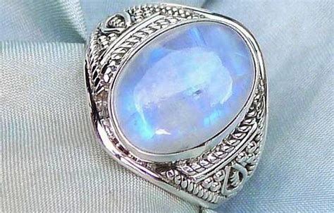 Cincin Batu Biduri Hitam keindahan batu akik batu cincin biduri bulan wahyu mulia