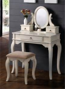 White Makeup Vanity Table Traditional Bedroom Vanities
