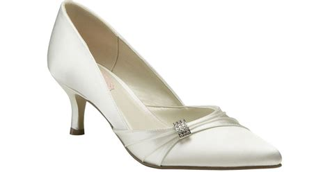 paradox pink beau mid heel court shoes in white lyst
