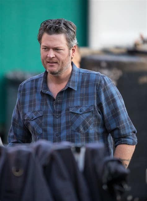 blake shelton photos photos blake shelton at jimmy