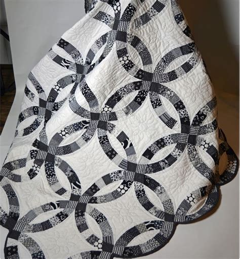 Wedding Ring Quilt Pattern Free by 25 Unique Wedding Ring Quilt Ideas On