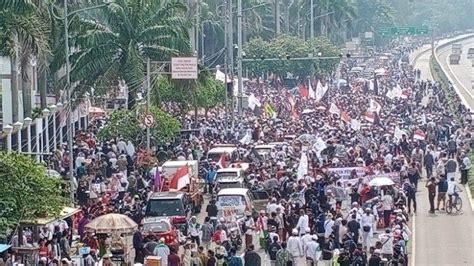ribuan pa  demo tolak omnibus law  jakarta hari