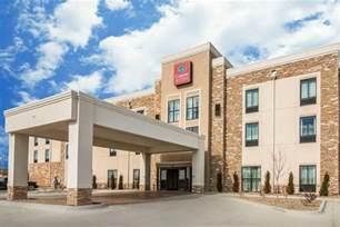 comfort suites in dodge city ks hotels motels 620