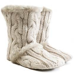 Cable knit slipper boots giftvault cosy winter luxury gifts