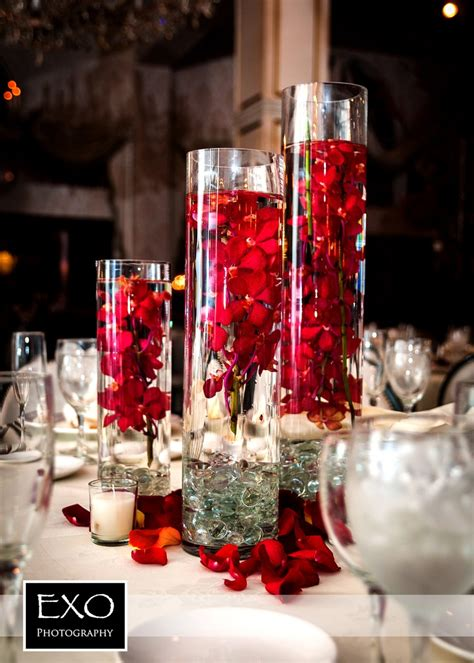 Flower Centerpiece Wedding by 25 Best Ideas About Wedding Centerpieces On