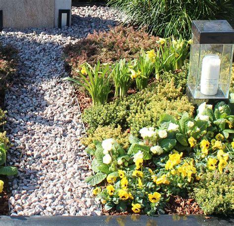 Moderne Grabgestaltung Mit Kies 3588 by Grabgestaltung Bitters Gartenblog